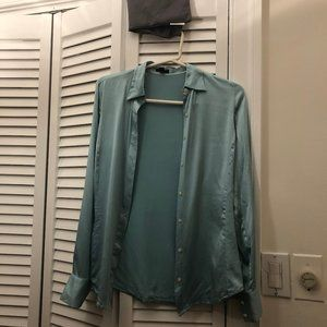 Ann Taylor silk blouse green, long sleeves, 2